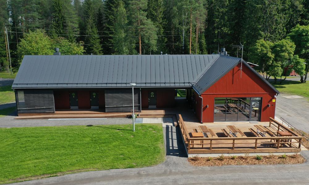 Seinäjoen leirintäalueen uusi huoltorakennus.